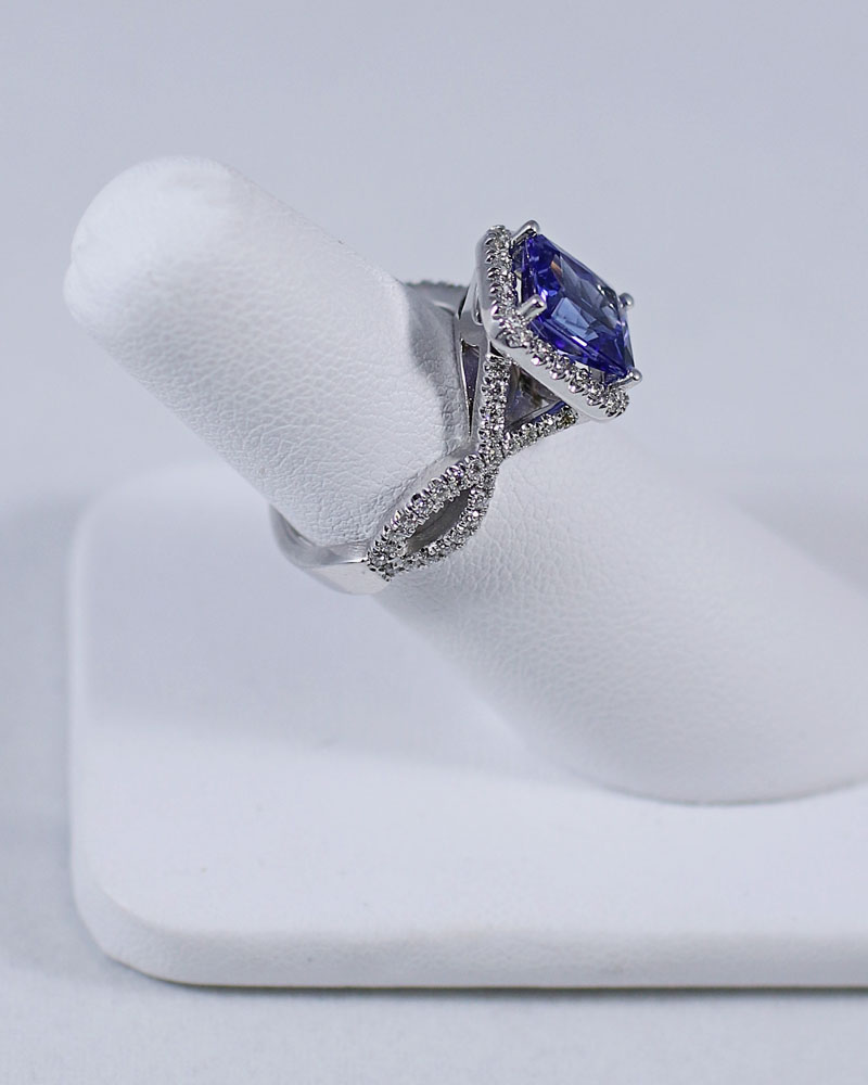KGs Jewelers best custom jeweler in Baton Rouge